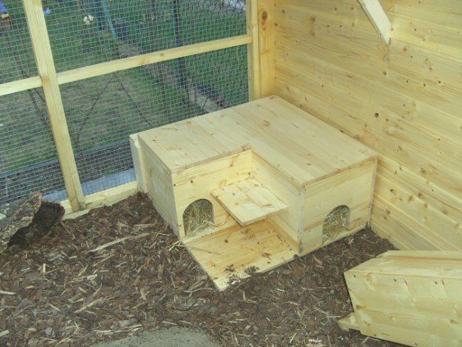 kaninchenstall winterfest machen isolation kaninchen. Black Bedroom Furniture Sets. Home Design Ideas