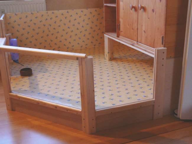 meerschweinchen info gro es gehege. Black Bedroom Furniture Sets. Home Design Ideas